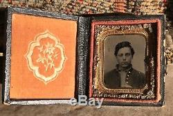 1/16 plate fully cased tintype of a Civil War soldier, 1860s, gilded buttons