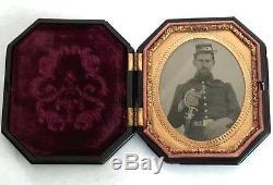 3 Beautiful US Civil War soldier tin type photos lot, uniform and armed