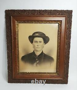 ANTIQUE CHARCOAL PORTRAIT PICTURE CIVIL WAR SOLDIER 26 x 30 ORNATE WOOD FRAME