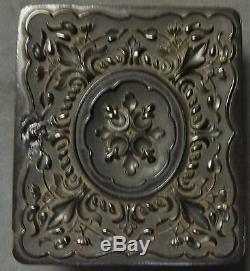 ARMED VINTAGE CIVIL WAR SOLDIER AMBROTYPE PHOTOGRAPH WithUNION CASE