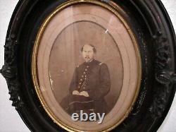 Antique 1860's Civil War Era Cabinet Photo Of A Soldier in Period Oval Frame