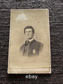 Antique CDV Photo Civil War Soldier Kentucky with 17th Corps Badge