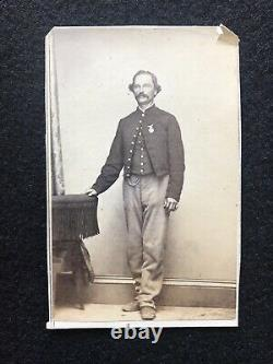 Antique Louisville Kentucky Civil War Soldier With Pin Cdv Photo With Tax Stamp