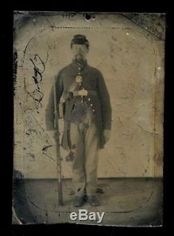 Armed civil war soldier 1/4 size 1860s tintype