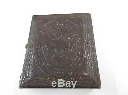 CIVIL WAR SOLDIER PLUS WIFE RARE TINTYPE Embossed case in excellent condition