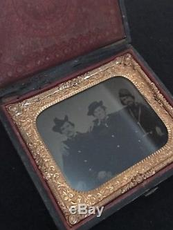 CIVIL War Era Tintype In Original Case 3 Soldiers In Image
