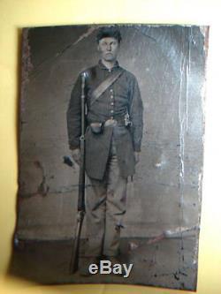 CIVIL War Soldier 1/4 Plate Tin Type Gun & Rifle, Nice