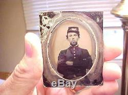 Civil War Soldier AMBROTYPE Photograph MEDICAL SERVICES withCaduceus Arm Band RARE