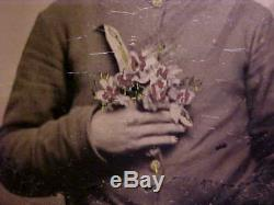 Civil War Tintype Photograph SOLDIER HOLDING KNIFE BEHIND FLOWER BOUQUET! Great