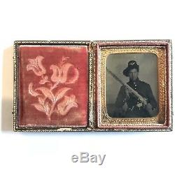 Civil War Tintype, Union Soldier With Rifle In Harder Hat, Antique Cased Photo