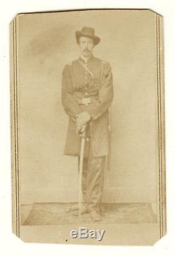 Civil War Union officer CDV, original photo, sword Cumberland, Tennessee soldier