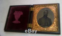 Daguerreotype 1860s Photograph SOLDIER OFFICER Military Coat Beard CIVIL WAR exc