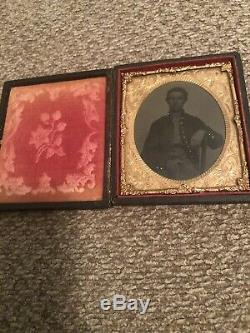 Handsome CIVIL WAR UNION SOLDIER 6th Plate Tintype tinted 13 button Frock Coat
