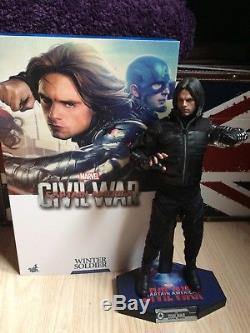 Hot Toys Civil War Winter Soldier (Bucky)