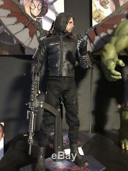 Hot Toys MMS351 Captain America Civil War Winter Soldier Bucky 1/6 sixth scale