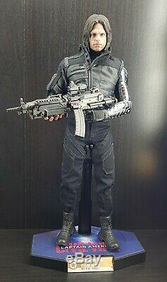 Hot Toys Winter Soldier Figure Civil War Bucky Barnes Captain America Marvel