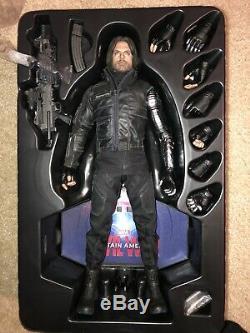 Hot toys civil war winter soldier Bucky Barnes