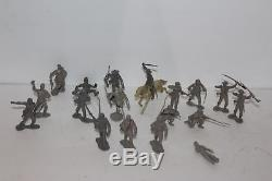 LARGE LOT of 150 pcs. MARX CIVIL WAR UNION and CONFEDERATE BLUE & GRAY SOLDIERS