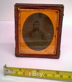 Old Civil War soldier tin type Photo