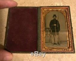 RARE 6th Plate CIVIL WAR Soldier Tintype in Case Holding Rifle & Sword Gold Add
