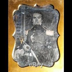 Rare Pre Civil War Half Plate Daguerreotype Armed Officer Mexican War Soldier