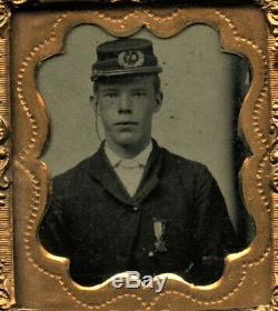 Rare Tintype Photo Boy Wearing Sons of Union Civil War Soldier Veterans Medal
