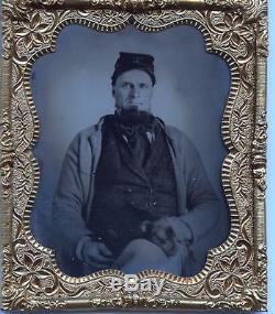 UNION SOLDIER WITH DOG ON LAP UNUSUAL CIVIL WAR ORIGINAL SIXTH PLATE TINTYPE