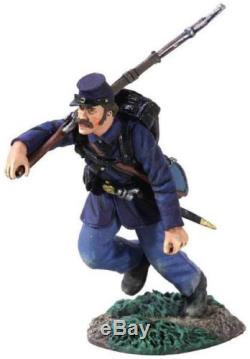 W Britain 31211 Union Infantry Charging Right Shoulder Shift No 4 Civil War